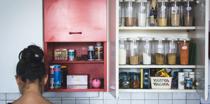 foodiesfeed.com_home-vintage-kitchen