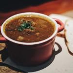 Zupa z czerwonej soczewicy – NAJPROSTSZY przepis!
