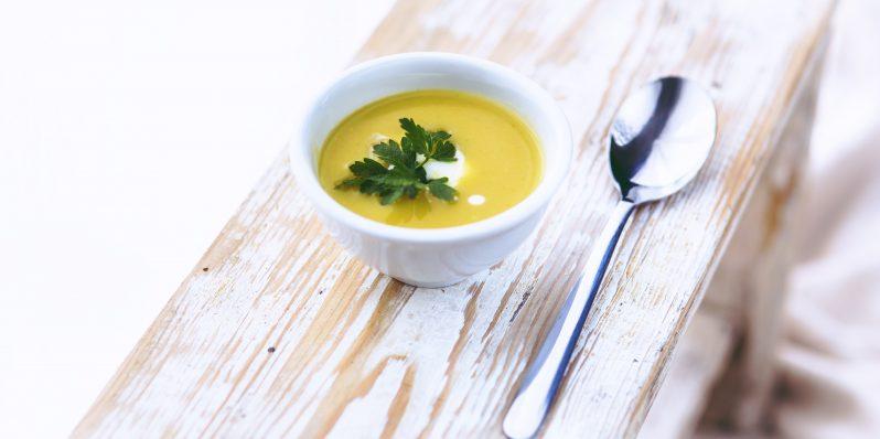 pikantna-zupa-tom-kha